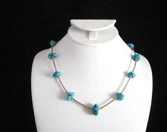 Beautiful Vintage Turquoise Stones Silver Necklace Choker