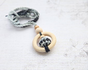 Teething rings nursing necklace with wooden crochet balls, black, grey and white teething toy