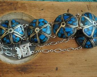Wonderful Crushed Turquoise Bead Bracelet