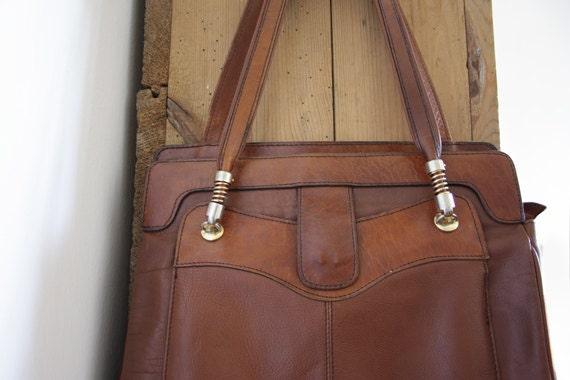 RESERVED-Vintage Italian leather handbag. BROWN shoulder bag.