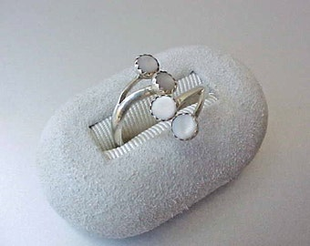 Pretty Vintage Sterling Silver Ring Set with Mother-of-Pearl