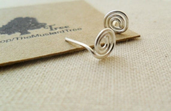 Small sterling silver swirl round wire stud earrings