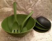 Vintage 1960s 70s  MOD Salad Set in Green and Black Serves 6