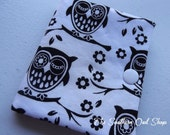Black and white owl needle book