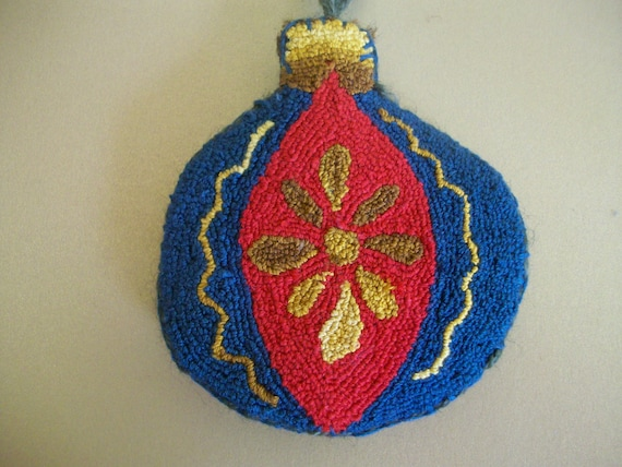 Old Fashioned Punch Needle Ornament