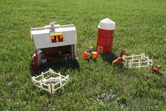 Vintage Fisher Price Play Family Farm with Accessories