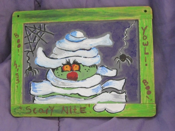 Halloween wall hanging, Spooky Nite, a Small painted chalkboard