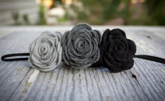 Triple flower felt headband - grey flower headband - grey headband - boho hair accessories - gift for her - bridesmaid headband