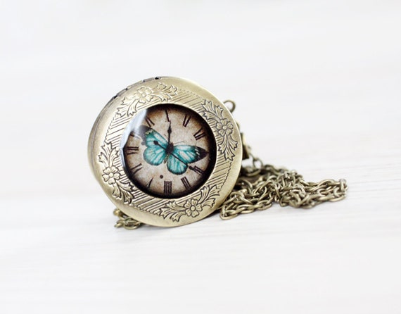 Blue Butterfly locket necklace - Vintage style