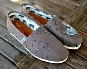 Ash Grey Dandelion TOMS