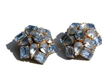 Vintage Earrings Ice Blue Rhinestone Star Clip On
