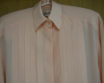 vintage peach 'Linda Allard for Ellen Tracy' silk blouse with pleated front -  size 8
