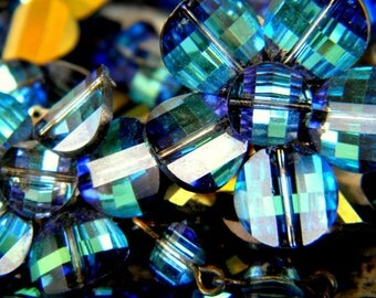 Laguna bermuda blue Rare Pagoda crystal necklace set with box