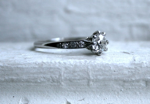 RESERVED - The Perfect Antique Engagement Ring - 0.93ct.