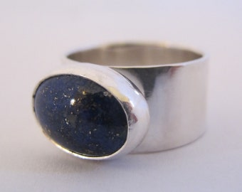 Sterling Silver Ring with Oval Lapis Lazuli / Gemstone Ring/ Lapis Ring/ Blue Stone/Wide Band
