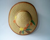 Vintage  Wall hanging Posy Vase Straw Hat Design