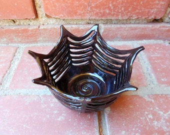 Black Gloss Spider Web Bowl Hand Carved