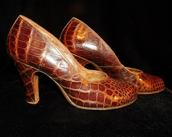 Ladies Shoes Martinique Pumps Reptile Embossed Brown Leather 6B Round Toe Chunky Heel