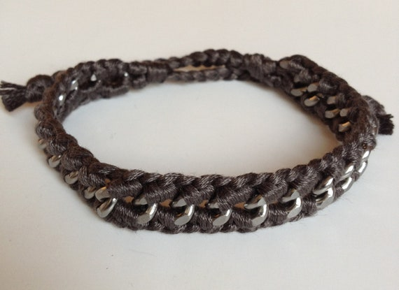 Curb Chain Men's friendship bracelet with thread woven on both sides