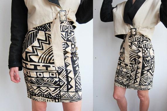 Vintage 80 s Tribal Print Skirt in Beige and Black