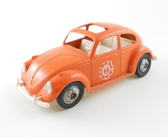 Vintage Metal VW Bug Beetle Car