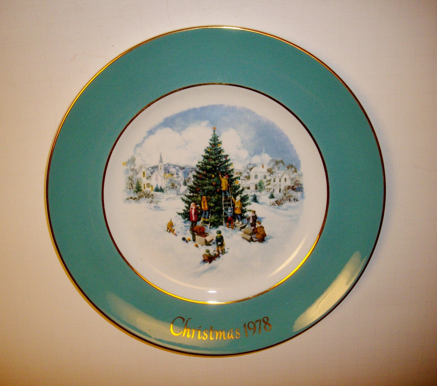 Vintage Avon Turquoise Christmas Plate Collectible 1978 Sixth