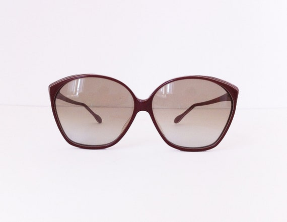 Safilo Vintage sunglasses burgundy with white stripes on the side