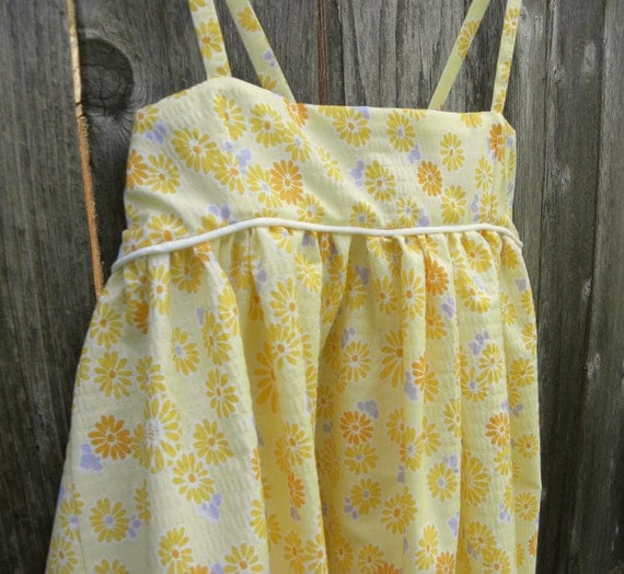 Girls Dress - Yellow with flowers - Size 5
