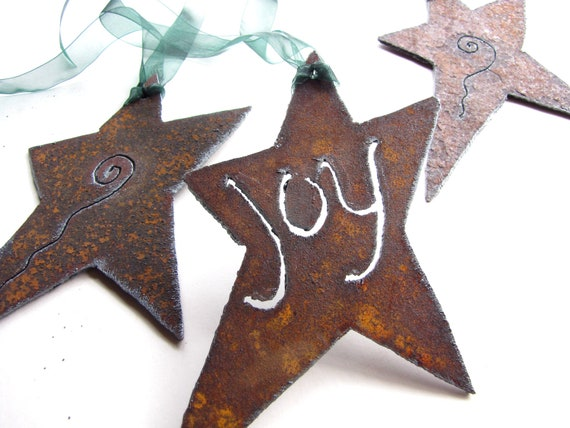 Rusty Star Charm Set of 3 Garden Art from Recycled Metal -- Customizable