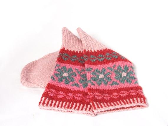 SOCKS - pink gray black handknit - women / mens  -  Traditional native tribal Scandinavian Pattern - gift WRAPPING for FREE