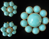 Vintage Crown Trifari Demi Parure Turquoise Cabochon Brooch and Earrings
