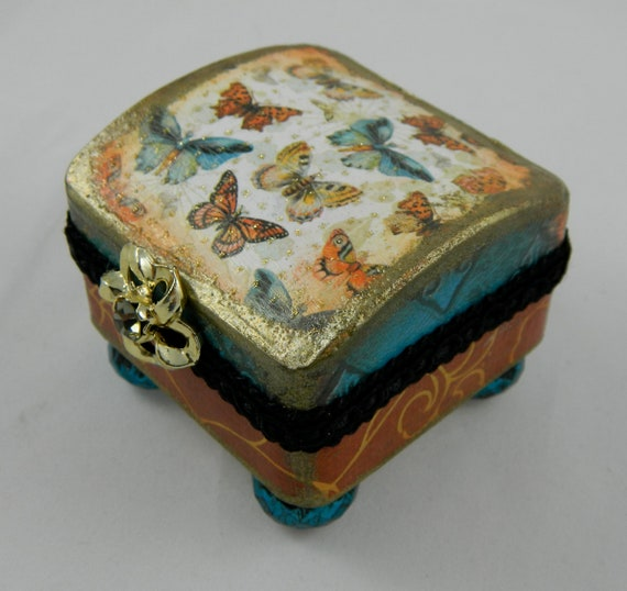 Jewelry box  jewelry presentation box  treasure box  re gifting box  butterflies aqua and rust lined footed bold and so cool