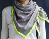 Grey linen scarf with neon yellow rim