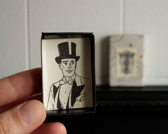 Groom mini gift box T for tophat