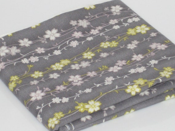 FOR AMOREENA Gray Trailing Vine Floral Cotton Quilting Fabric REMNANT