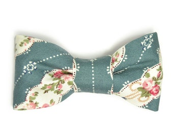 Men Teal, White, flowers wedding bowtie Kids Clip-On Bow Tie