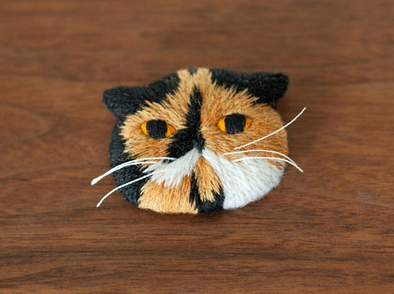 Meme the Cat Embroidery Art Brooch