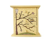 """Chest of drawers """" Whimsical Owl """"- Dresser - wood - in pale yellow"""