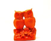 owl figurine, neon orange  //  upcycled, vintage ceramics, summer trends, owls, kitsch, bird figurines, 70s, mod, bright housewares, nature