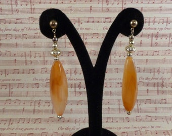Long Amber Pierced Earrings. (P97)