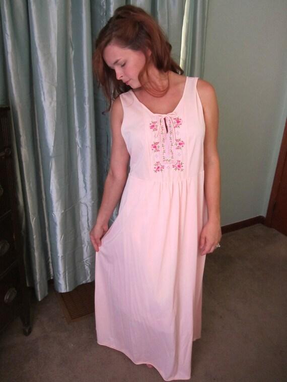 Vintage 1970's pink embroidered floor length nightgown