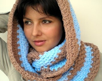 Bicolor   Infinity Scarf  Soft  Blue and Beige  mixed wool Scarf Crocheted Woman Fashion Circle Scarf NEW