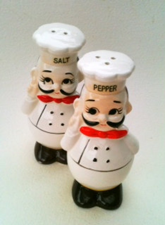 Vintage Happy Chef' Happy Baker Salt & Pepper Shakers  Ceramic Japanese Mint Condition Black White Red Yellow  Vintage Gourmet  Kitchen