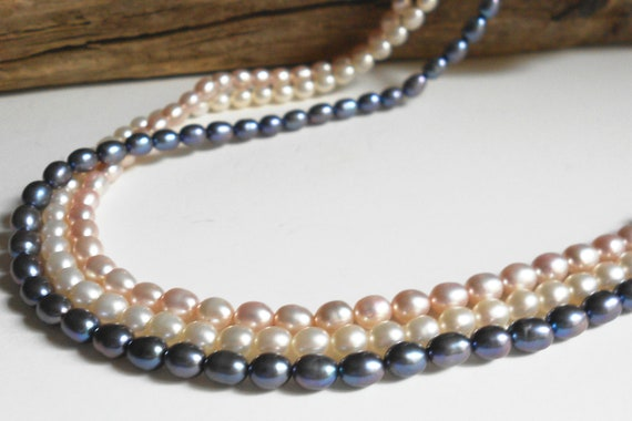 Vintage genuine pearls necklace, triple strand 14k gold 585 clasp vintage necklace, bridal jewelry