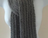 Unisex Grey Wool/Cashmere Blend Knit Ribbed Scarf