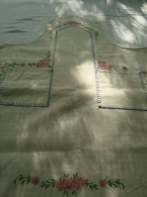 Embroideried muslin apron
