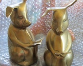 Brass Pig Bookends - Reading Pig Bookends - 1970s Vintage, Retro Oink Oink