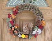 Fall Squirrel Wreath-Fall Decor- Autumn Wreath -- Fall Wreath--Thanksgiving Wreath--Fall Door Decor-14 inch Grapevine and Felt Flower Wreath