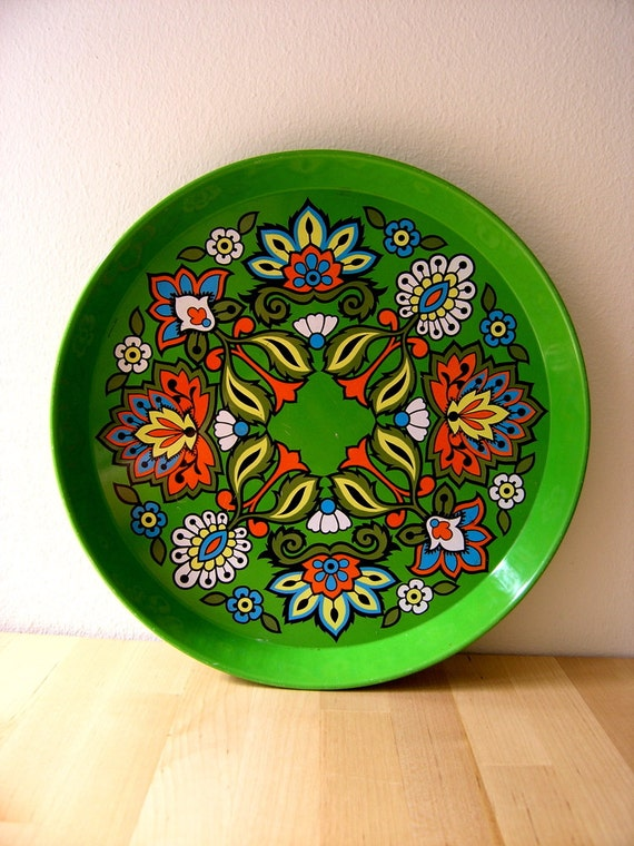 Vintage swinging 60's flower power serving tray, metal