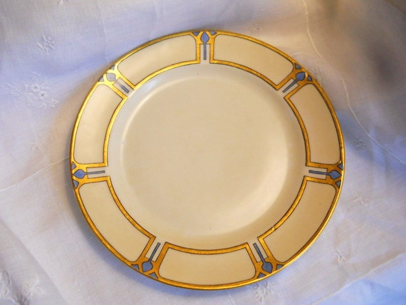 Rare 1890-1900 Arts and Crafts Tulip Signed Haviland Porcelain Plate Blue and Gold and Black on Ivory